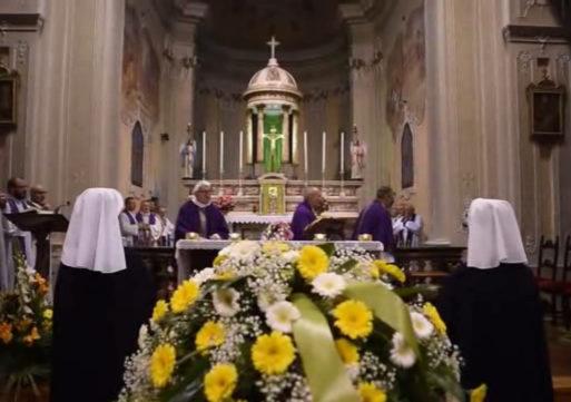 Bereguardo, i funerali di Danila Castelli: fu miracolata a Lourdes nel 1989