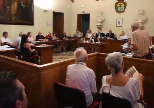 Mortara, debutta in consiglio il Facchinotti-bis: Gardella non vota con la maggioranza