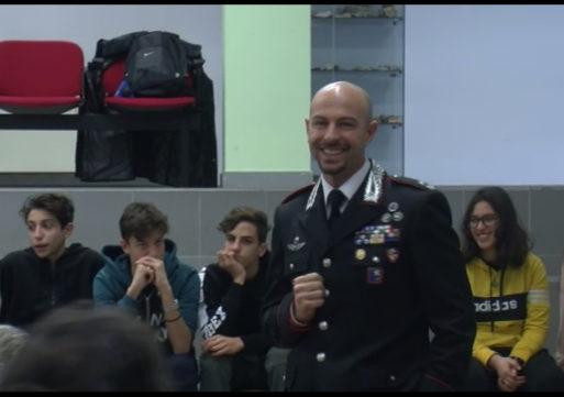 """Bullismo, il comandante dei carabinieri: """"Anch'io sono stato bullo e vittima"""""""